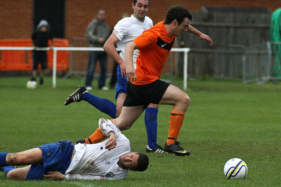 Dan Brownlie, Hartley Wintney FC